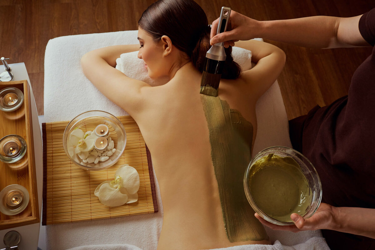 SHBBBOS003 Provide Body Treatments